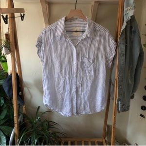 American Eagle White & Blue Button Down Blouse